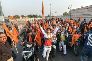 Lucknow: Volunteers of Vishwa Hindu Parishad stage a motor bike railly to make a call for their November 25 Vishal Dharm Sabha at Ayodhya, in Lucknow, Sunday, Nov 18, 2018.