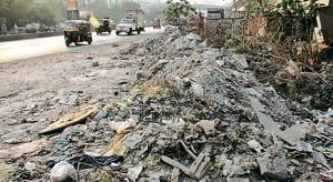 Debris at Majiwada Nashik by pass.