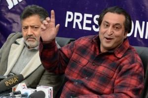 Peoples Conference chairman Sajad Gani Lone adressing a press conference in srinagar,on November 23, 2018.
