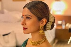 Jennifer Winget played Zoya on in television soap Bepannaah.