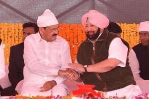 Vice president M. Venkaiah Naidu with Punjab Chief Minister Captain Amarinder Singh and other dignitaries at the foundation laying ceremony of Kartarpur corridor at Dera Baba Nanak in district Gurdaspur, Amritsar, Punjab on Monday, November 26, 2018.