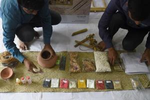 Photos: Online startups offer grieving Indians funeral kits and Hindu priests