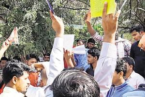A group of students from the national students union and Akhil Bharatiya Vidhyarthi Parishad clashed with each other over bookstall at the campus.