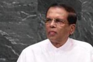 Sri Lankan President Maithripala Sirisena is considering dropping an attempt to dissolve parliament, sources close to the president said.