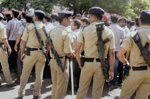 The Gujarat government on Monday opposed before the Supreme Court any attempt to disclose the contents of the Justice HS Bedi committee's final report on alleged fake encounters in the state