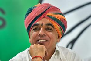 Elected from Barmer's Sheo in 2013 on the BJP ticket, Manvendra Singh Jasol has since joined the Congress and is the party's candidate against Rajasthan chief minister Vasundhara Raje at Jhalrapatan in Hadoti region.