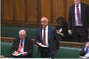 Senior Labour MP Veerendra Sharma speaking against PM Theresa May's Brexit plan in the House of Commons (HT Photo)