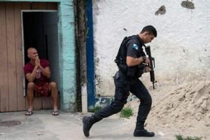 The violence erupted in the city of Milagres, in the northeastern state of Ceara, with a fierce pre-dawn shootout between armed robbers and police.