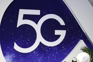Samsung plans to release a 5G-capable handset along with a bendable-screen phone next year.