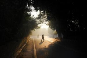 Moderate fog engulfed Delhi on Sunday.