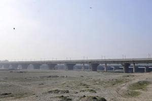 Inauguration date of the Noida-Delhi bridge is yet to be decide.