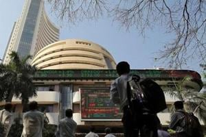 Breaking its five-day winning streak, the benchmark BSE Sensex fell 141 points in early trade Tuesday, as banking, IT, realty and FMCG stocks retreated, tracking sell-off in global market.