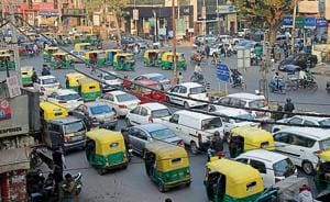 A 500-metre stretch on the 60-foot- wide Bhishma Pitamah Marg in south  Delhi  has a timber and construction material market on one side and big showrooms on the other, due to which the movement of traffic is affected.