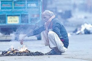 Delhiites woke up to a chilly morning Thursday as the mercury dropped to 4 degrees Celsius