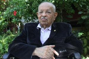 Former sheriff of Mumbai and noted jurist Nana Chudasama died in Mumbai Sunday afternoon after a brief illness, said a family member.