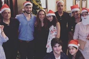 Twinkle Khanna and Akshay Kumar celebrate Christmas with the family.