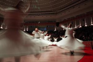 Photos: Turkey's whirling dervishes perform for Rumi
