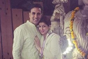Twinkle warns Akshay Kumar, kids to not disturb her when she is at work