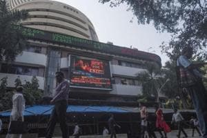 BSE benchmark Sensex rallied 391 points and NSE Nifty reclaimed the 10,800 level Thursday on positive cues from Wall Street as US stocks recovered from heavy losses.