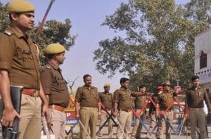 Three policemen were injured in the third incident of mob violence against police in Uttar Pradesh inDecember (File Photo)