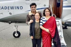 Neena Gupta, chef Vikas Khanna and his mother arriving in Palm Springs.