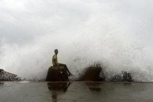 Squally wind with a speed ranging between 40-50 kmph gusting to 60 kmph with a gradual increase up to 75 kmph is likely over the Andaman sea from January 4.