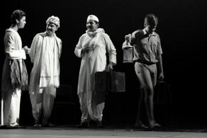 Catch Hindi play Mohan Se Mahatma to be staged for the first time in the city today.The play depicts Mahatma Gandhi's life during 1915-1919.
