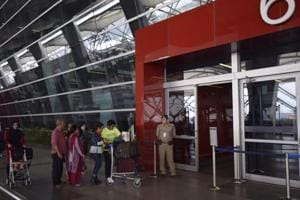 The Delhi International Airport Limited (DIAL) has proposed that passengers be allowed to leave the airport in case their departures have been delayed.