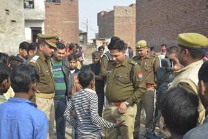 A 16-year-old boy was allegedly set on fire by three local men near Tulsi Niketan locality in Sahibabad on Saturday morning. The police reached the spot and enquired about incident from locals and victim