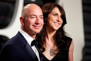 The announcement by Amazon founder Jeff Bezos, the world's wealthiest man, and his wife that they will divorce has captivated the imagination -- how will they split his giant fortune, estimated at $136 billion?