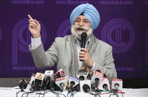 HS Phoolka had said converting an anti-corruption movement into a political party was a mistake, and has been vocal about his opposition to any alliance between the Congress and AAP.