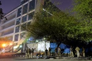 Police personnel stand on guard outside Central Bureau of Investigation (CBI) headquarters, in New Delhi on Jan 10.