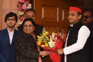 SP chief Akhilesh Yadav called on Mayawati at her residence, along with senior party leaders, to greet her on her birthday. In an hour-long meeting, the leaders discussed the election campaign strategy and candidates for the seats allotted to their parties.