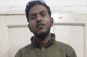 Police detained Jamia Milia Islamia engineering student Aman Khan with three country-made pistols near Lahori Gate. Khan and two of his associates were planning to rob a businessman.