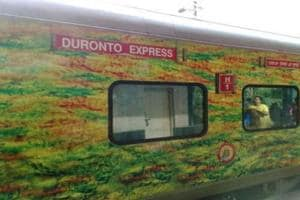 Armed robbers loot passengers of two coaches of Duronto Express in Delhi