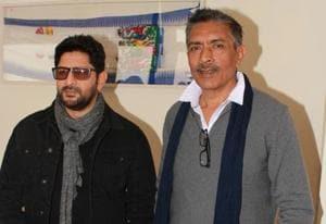 Actor Arshad Warsi and producer Prakash Jha during the promotion of their upcoming film Fraud Saiyaan. (IANS)