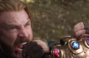 Captain America fights Thanos in Avengers: Infinity War.