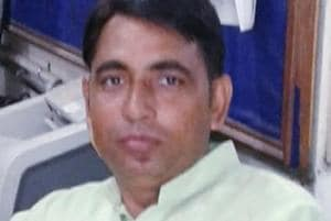 A head constable in Delhi Police, Rajpal Kasana, died of serious head injuries.