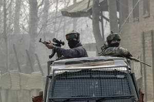 An encounter has broken out between militants and security forces in Zinpanchal,Chari Sharief, in Jammu and Kashmir's Budgam district.