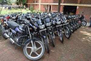 According to police, the gang had allegedly stolen more than 100 motorcycles in the last couple of months. A total of 19 cases were solved with their arrest.