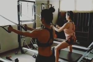 Sara Ali Khan and Malaika Arora in a screengrab from the video shared by Namrata Purohit.