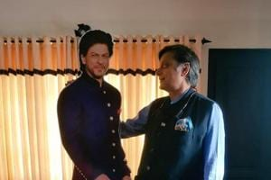Shashi Tharoor with SRK's cutout.