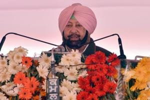 Punjab chief minister Captain Amarinder Singh on Wednesday protested against Islamabad's proposal to allow only Sikh pilgrims to visit Kartarpur Sahib Gurdwara in Pakistan.(Photo by Sameer Sehgal/Hindustan Times)