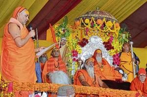 Swami Avimukhteshwaranand reading out the 'Param Dharmadesh' before the Shankaracharya on the concluding day of the 'Param Dharam Sansad' on Wednesday.