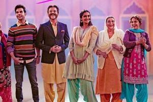 Ek Ladki Ko Dekha Toh Aisa Laga opened at Rs 3 crore at the box office.