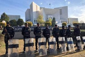 Pakistan's Supreme Court rebuked the powerful military and intelligence agencies Wednesday, calling for them to uphold free speech.