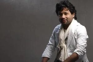 Kailash Kher was accused by Sona Mohapatra of sexual harassment.