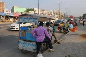 The MCGwants street vendors to stop encroaching space around corporate offices and on roads and set up their stalls at dedicated hawking zones in the city.