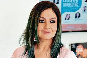 Filmmaker-Actor Pooja Bhatt made her acting debut with 1989 film, Daddy, which was directed by her father, filmmaker Mahesh Bhatt.
