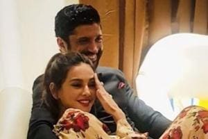 Farhan Ahktar and Shibani Dandekar share a candid moment.